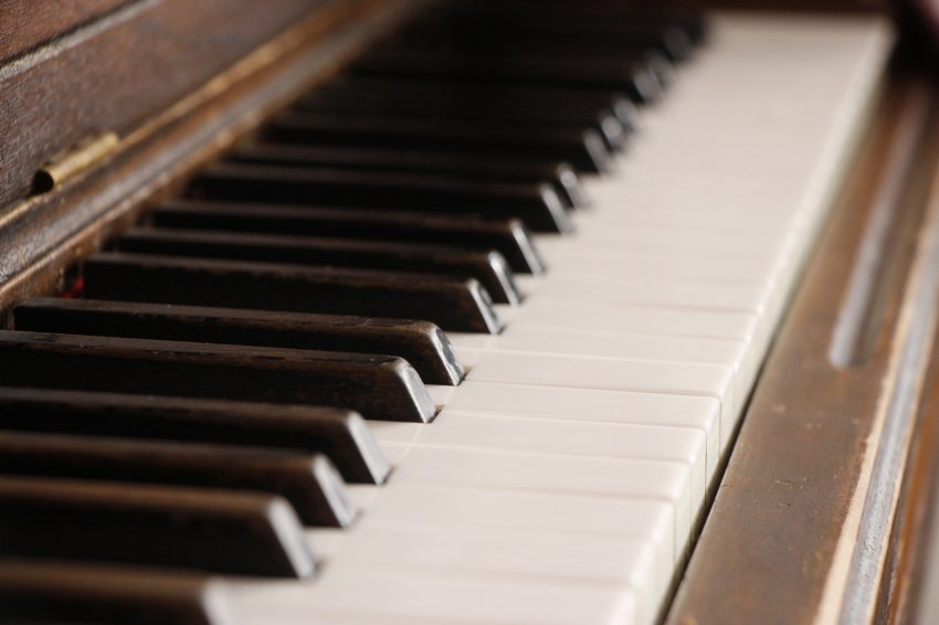 Piano Keys Instrument Keyboard  - AidylArtisan / Pixabay